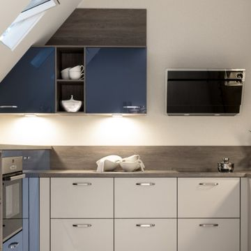 Stone Heat Ltd - Kitchen - Modern Kitchen Worktop and Cupboards - Loughton