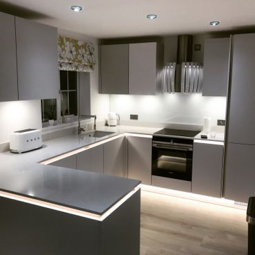 Stone Heat Ltd - Kitchen - Kitchen Installation - Loughton