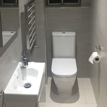 Stone Heat Ltd - Bathrooms - Toilet and Sink - Loughton